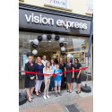 Eye cancer survivors cut ribbon to officially open new Taunton opticians