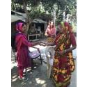 Starke Frauen auf Fahrrädern sorgen mit Arla Dano Daily Pushti für bessere Ernährung in Bangladesch