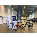 Elcykelvaruhuset och KopEnScooter.Nu presenterar elcyklar och elmopeder för 200 beslutsfattare.