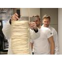 Santa Maria slår världsrekord i tortillastapling