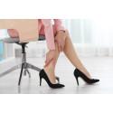 Statische Haltung am Schreibtisch: Langes Sitzen stresst die Füße