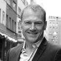 Karl Mikael Cakste är entreprenör med lång erfarenhet från media och underhållningsbranschen.