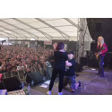 Ian Haugland friade på scen under Sweden Rock Festival