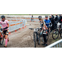 Tjejerna tar klivet in i de nya cykelgrenarna