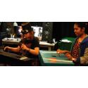 Unga skapar musikinstrument och ger en konsert