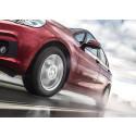 Huollettu auto ja kunnossa olevat renkaat varmistavat nautinnollisen nelipyöräloman