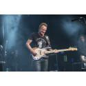 Sting skänker polarprispengarna till Songlines – ett svenskt musikutbildnings- och integrationsprojekt för unga på flykt