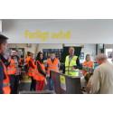 Serber på studiebesök hos Gästrike återvinnare