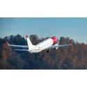 Norwegians första svenskregistrerade flygplan på väg från Boeingfabriken i Seattle (Boeing 737 MAX 8)