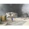 IRAK – När IS lämnade Qayarrah startade de en rad oljebränder runt om i staden.