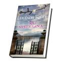 Första boken här i den internationella succéserien om de sju adoptivsystrarna