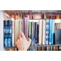 Elever presenterar författare från hela världen på Skurups bibliotek