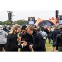 Danske festivaldeltagere praler på de sociale medier