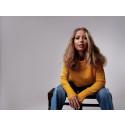 Programledaren och artisten Natalie Carrion släpper nytt