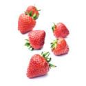 96 procent äter jordgubbar till midsommar