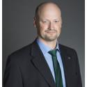 Bäckström kommenterar utredningen om personalförsörjning