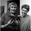 Astrid Lindgren och Lisa Larson