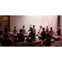 Häng med på yogamarathon för livet – mot bröstcancer