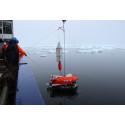 NIVA skal undersøke varme kilder 4000 meter under isen i Arktis
