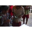 Hjælp på mange planer i Cambodja
