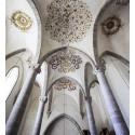 Ny fotoutställning på Fornsalen: Änglar & Drakar – 98 byggnader för evigheten