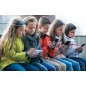 Børn online: Nøgenbilleder, udelukkelser og hån er udbredt