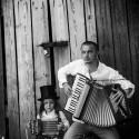 Romska tunnelbane-musiker släpper debutsingel