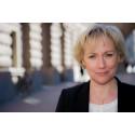 Pressinbjudan: Forskningsminister Helene Hellmark Knutsson slutför KB:s digitalisering av 6000 tryckta SOU:er