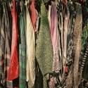 72 procent av svenskarna köper  kläder som de egentligen inte behöver