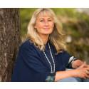 Brådskande med ny  relation till naturen - Eva Sanner släpper boken Naturens hemlighet