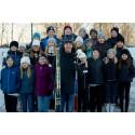 Olympier inspirerar barn i Kälarne att nå  100 varv runt jordklotet för en bättre värld