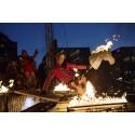 Nycirkus, eldkonst och galen komedi med Burnt Out Punks på Ribban