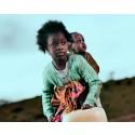 Lyt til forældreløse børns SOS