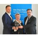 Echte Glasfaser für Mitteldeutschland: Deutsche Glasfaser startet mit Breitbandausbau in Sachsen