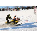 Skotercross i skidbacken