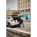 Volvo In-car Delivery - leverans med NetOnNet-produkter av PostNord direkt till bakluckan på en Volvo