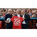 Bayer 04 Leverkusen und die Barmenia Versicherungen gehen in die Verlängerung – Wuppertaler Versicherungsunternehmen bleibt Haupt- und Trikotsponsor bis 2024