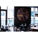 Beautiful Amore av Damien Hirst plassert i Thief Foodbar