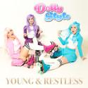 Dolly style tar på sig rullskridskorna och uppmanar fansen att engagera sig med nya singeln Young & Restless