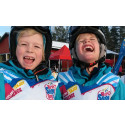 Glada barn under World Snow Day