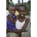 Rebuz Kidz skänker 10.000 kr till SOS-Barnbyar