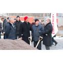 Spadtag för nya lägenheter i Knivsta 11 december 2013