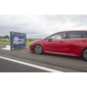 Koe Subarun törmäyksiä ehkäisevä EyeSight  AUTO 2016 -tapahtumassa