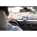 TomTom lanserar VIA: smarta navigatorer med mobilanslutning för handsfreesamtal