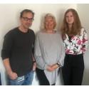Enhetscheferna på BUP och Habilitering, Frida Langvad och Kenneth Thor, tillsammans med Claire