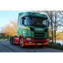 Scania Århus leverer  første nye R-serie trækker på danske nummerplader