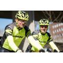 Nyss hemkomna från Grekland kastar sig Måns Möller och Christer Skog ut på cyklarna igen och kör Vätternrundan med start inatt den 17 juni!