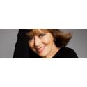Evigt unga Lill Lindfors sjunger i Gävle Konserthus på fredag