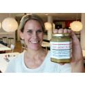 Riksbyggens stadsbin har levererat sin första honungsskörd