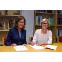Laura Montagna, Technology Intelligence Director SKF och Birgitta Bergvall-Kåreborn, rektor Luleå tekniska universitet.